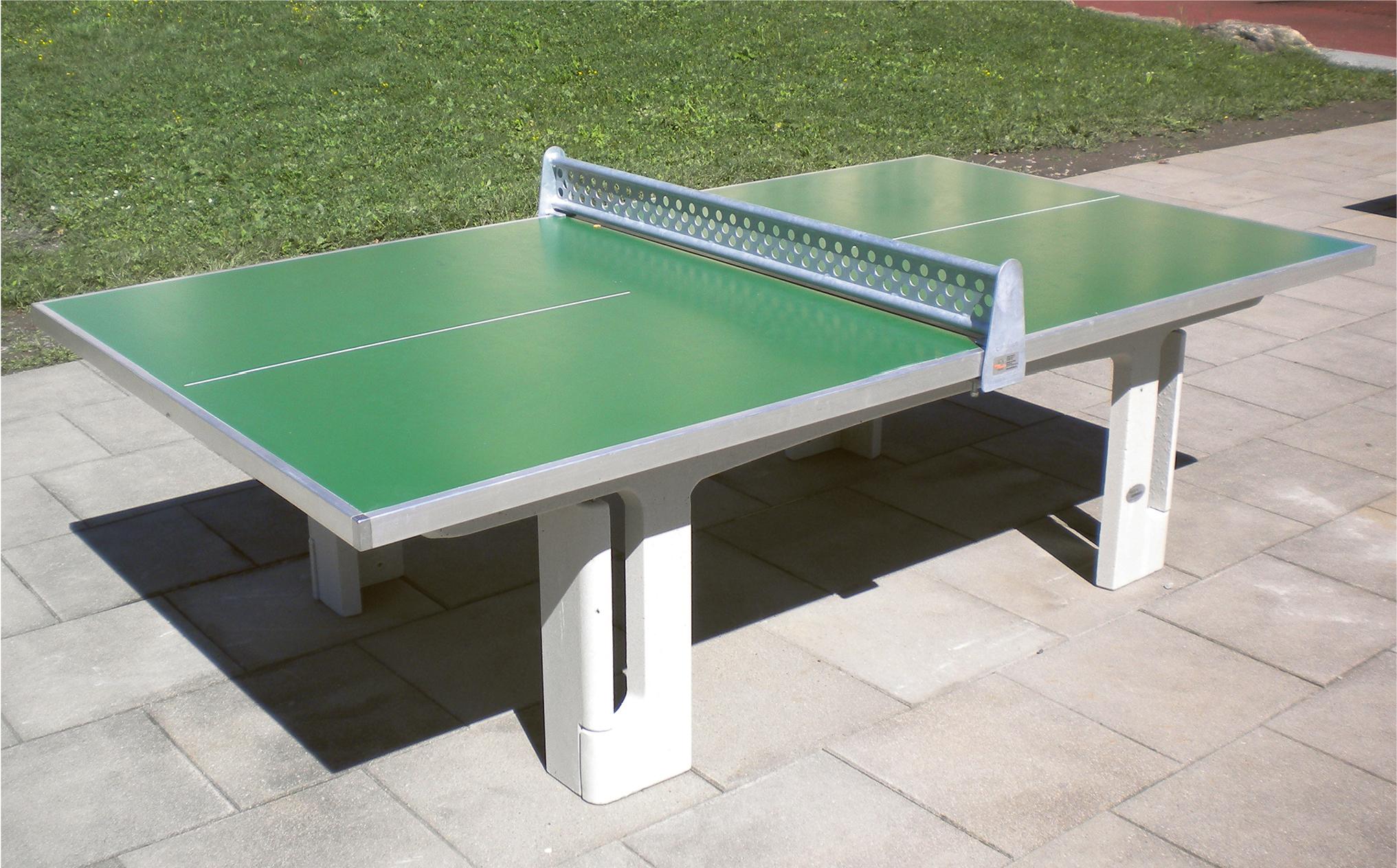 tables de ping pong fuchs thun. Black Bedroom Furniture Sets. Home Design Ideas